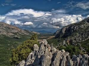 Panorama della valle dal Monte Tiscali.